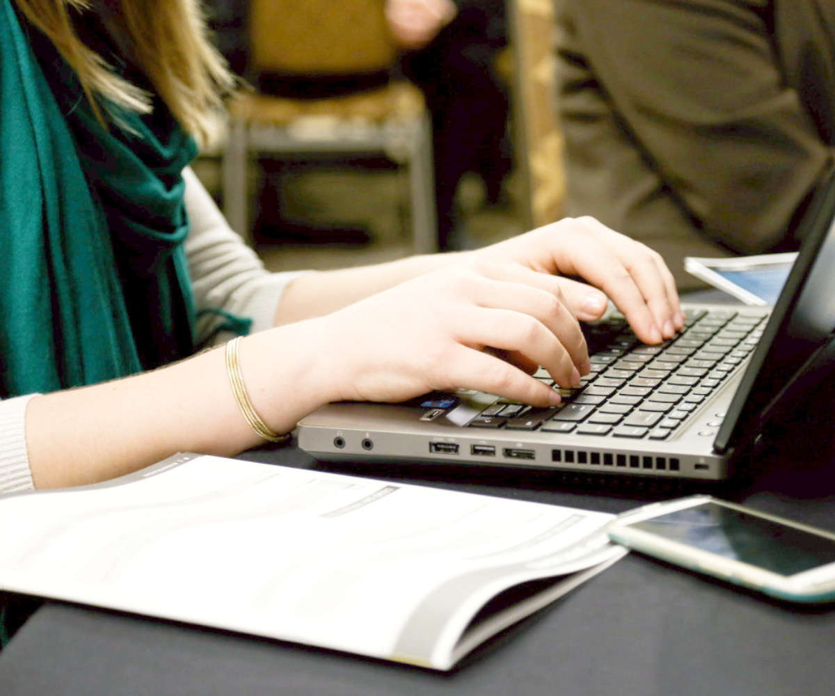 Solicitud del certificado corriente pagos hacienda vía internet