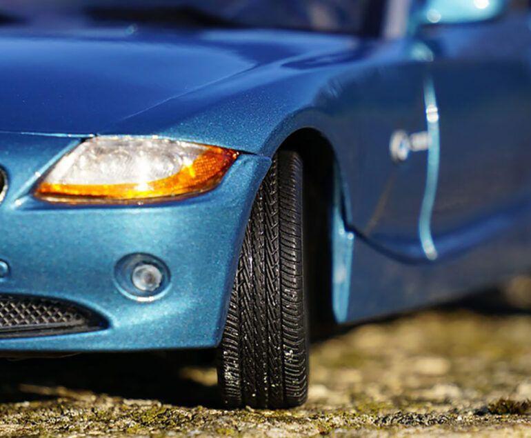deducir el IVA de la compra de un coche